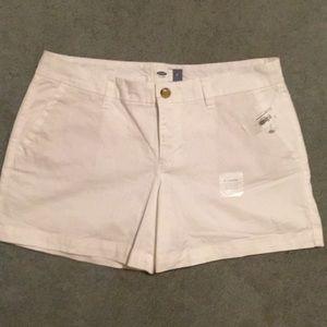 NWT Old Navy White shorts size 6